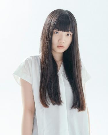 2020年度後期放送の連続テレビ小説『おちょやん』に出演する東野絢香。
