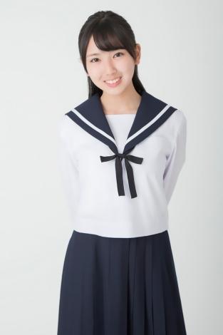 沢口愛華 制服